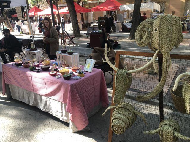 Decenas de personas visitan Vistabella para disfrutar del mercado creativo 'La Placica de los Patos' - 3, Foto 3