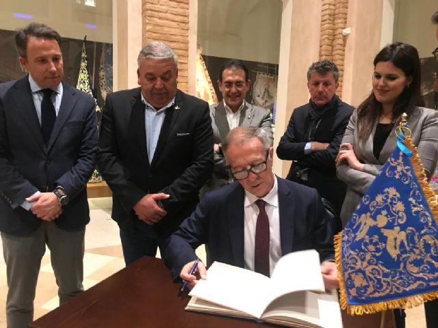 El Alcalde solicita al Ministro de Cultura que su departamento priorice la declaración del bordado lorquino en su Semana Santa como Patrimonio de la Humanidad - 2, Foto 2