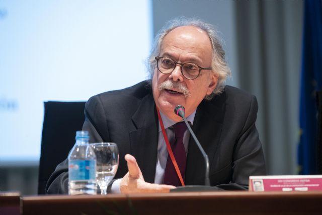 El jurista venezolano Allan Brewer-Carías defiende en un congreso de la UMU la Constitución de su país y la necesidad de aplicarla - 1, Foto 1