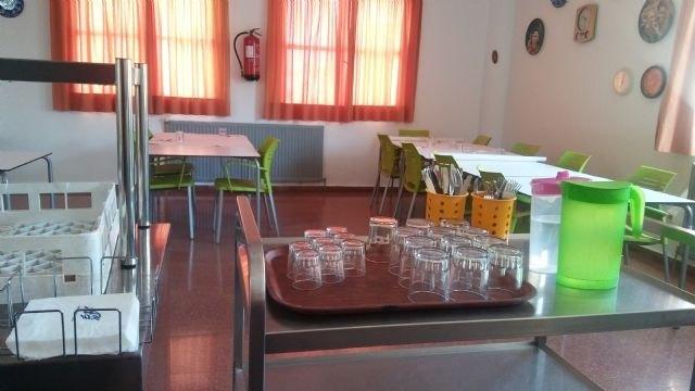 [Se suspende el contrato del servicio de catering y comedor en el Centro Municipal y los Centros de Día de Personas Mayores