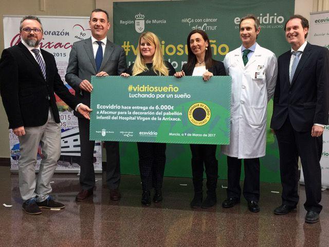 Mazarrón colabora en la campaña solidaria de Ecovidrio para ambientar las estancias del hospital infantil Virgen de la Arrixaca - 1, Foto 1