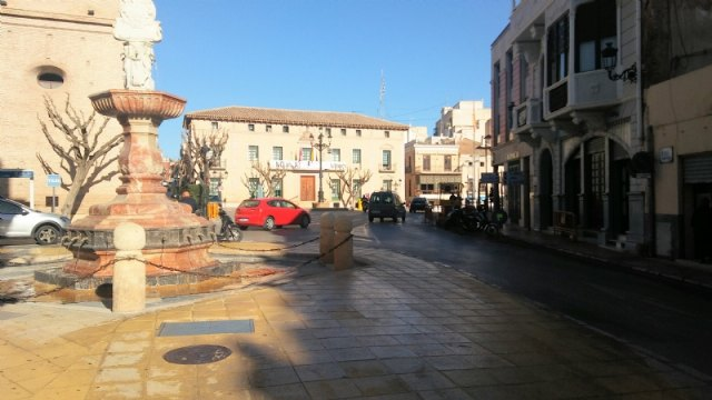 Traffic to Plaza de la Constitución will be cut from General Aznar Street for 10 days due to the completion of the works of the Fuente de la Plaza - 1
