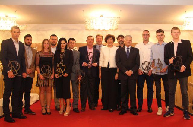 Juan Miguel Cuenca y Mª Carmen Romero galardonados como mejores deportistas - 1, Foto 1