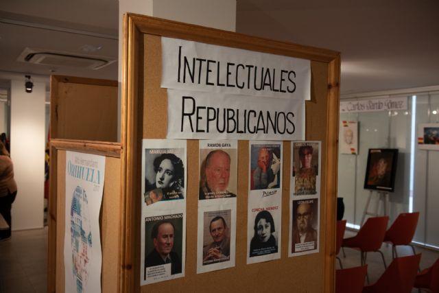 La Universidad Popular alberga una exposición dedicada a 18 intelectuales vinculados a la II República, Foto 2