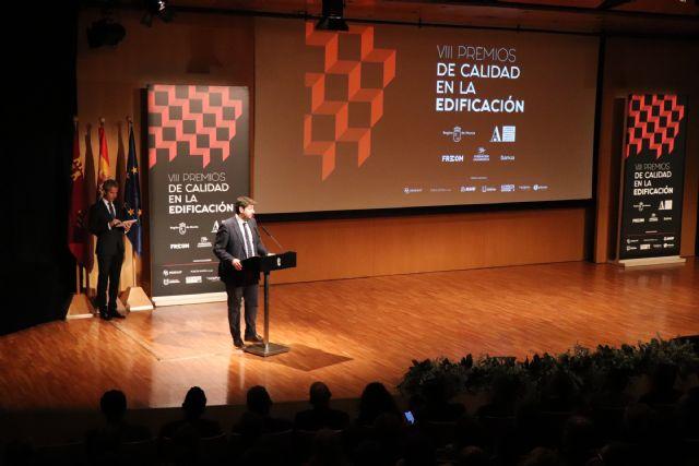 Fernando López Miras asiste al acto de entrega de los VIII Premios de Calidad en la Edificación de la Región - 3, Foto 3