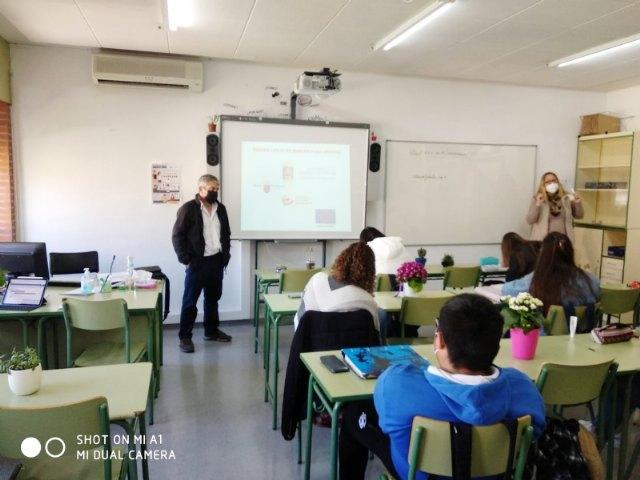 Empleo joven imparte charlas de orientación formativa y laboral en los centros educativos de Alhama - 4, Foto 4