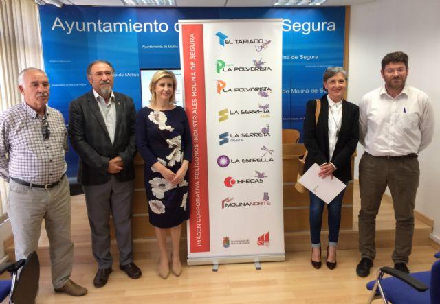 Un asociado de ASECOM crea la nueva imagen corporativa de los polígonos industriales de Molina de Segura - 2, Foto 2