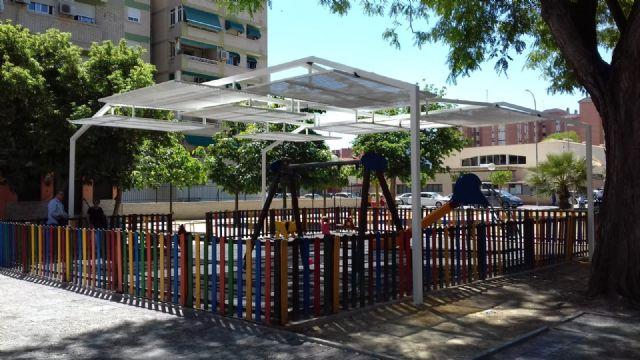 Cuatro zonas de juegos infantiles de El Ranero, el Infante y Santiago y Zaraíche ya disponen de pérgolas de sombraje - 1, Foto 1