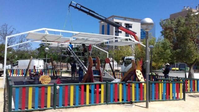 Cuatro zonas de juegos infantiles de El Ranero, el Infante y Santiago y Zaraíche ya disponen de pérgolas de sombraje - 2, Foto 2