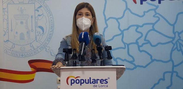 El PP recoge firmas mañana en el mercado semanal en contra de los indultos de Pedro Sánchez a los delincuentes independentistas catalanes - 1, Foto 1