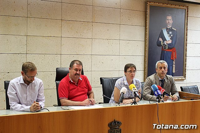 The new Association against the High Voltage Line 400 kV-Lorca Solar PV is presented - 3