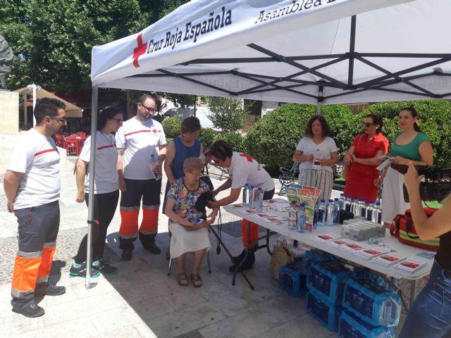 Cruz Roja realiza en Caravaca la campaña informativa 'Yo me protejo de la ola de calor' - 1, Foto 1