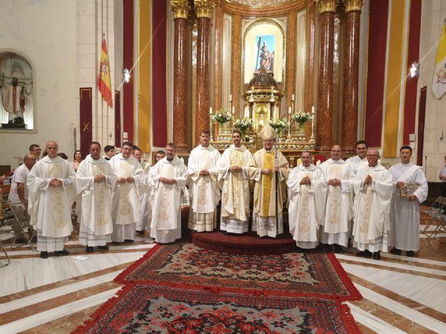 Javier Mateos recibe el sacerdocio de manos de Mons. Chico - 2, Foto 2