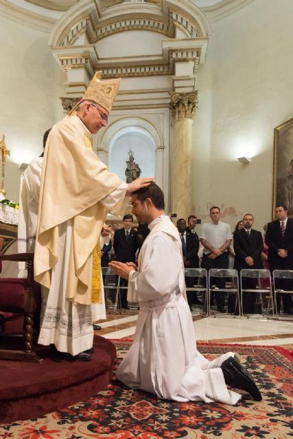 Javier Mateos recibe el sacerdocio de manos de Mons. Chico - 3, Foto 3