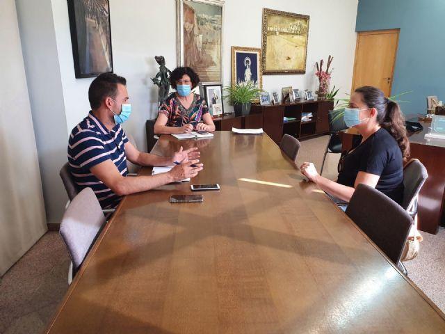 El Ayuntamiento de Puerto Lumbreras explica las medidas adoptadas ante el inicio del nuevo curso escolar a las AMPAs del municipio - 1, Foto 1