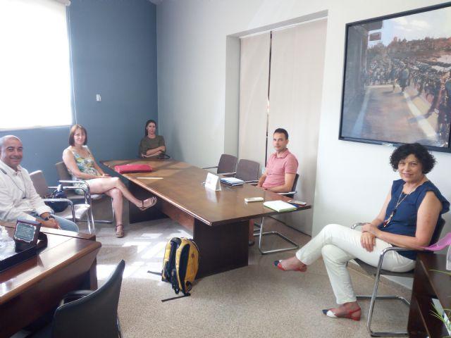 El Ayuntamiento de Puerto Lumbreras explica las medidas adoptadas ante el inicio del nuevo curso escolar a las AMPAs del municipio - 2, Foto 2