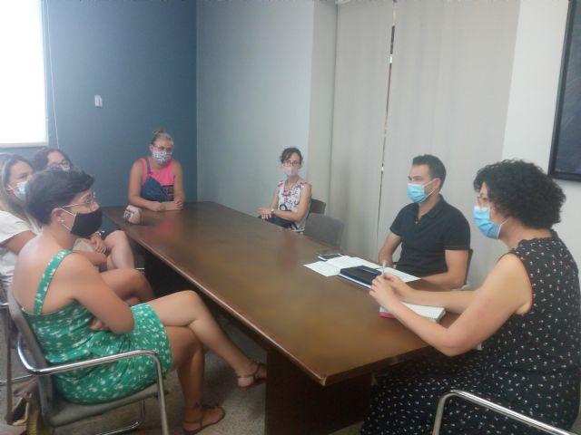 El Ayuntamiento de Puerto Lumbreras explica las medidas adoptadas ante el inicio del nuevo curso escolar a las AMPAs del municipio - 3, Foto 3