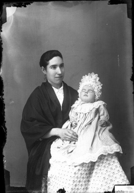 Retratos post-mortem de niños en la producción del fotógrafo Fernando Navarro, Foto 2