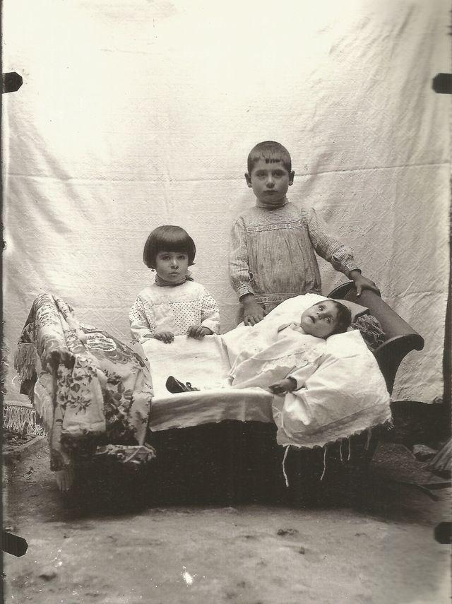 Retratos post-mortem de niños en la producción del fotógrafo Fernando Navarro, Foto 4