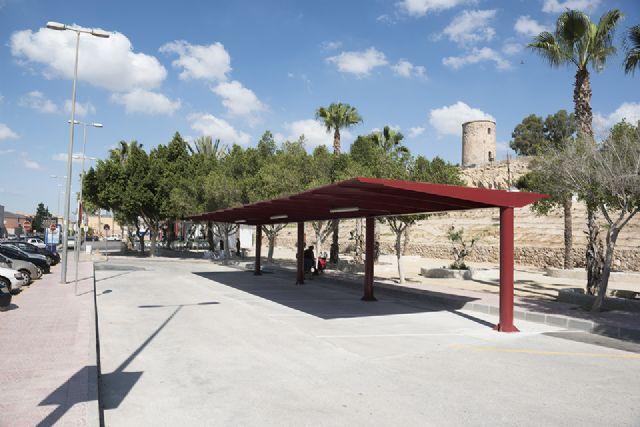 Nueva parada de taxis junto a la estación de autobuses de Puerto de Mazarrón, Foto 1