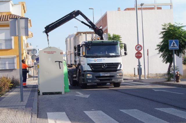 Recuerdan que el horario para el depósito de basuras, en verano, es a partir de las 21:00 a 24:00 horas, excepto los sábados, Foto 1