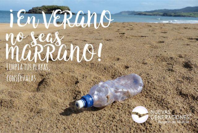 Nuevas Generaciones de la Región de Murcia continúa con su campaña de concienciación medioambiental solicitando el cuidado de las playas, Foto 1