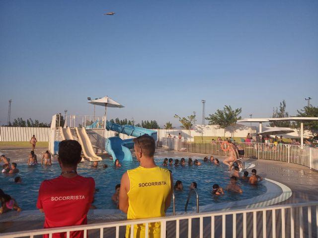 Las piscinas municipales de Puerto Lumbreras  acogen a más de 7500 personas durante el mes de julio - 2, Foto 2