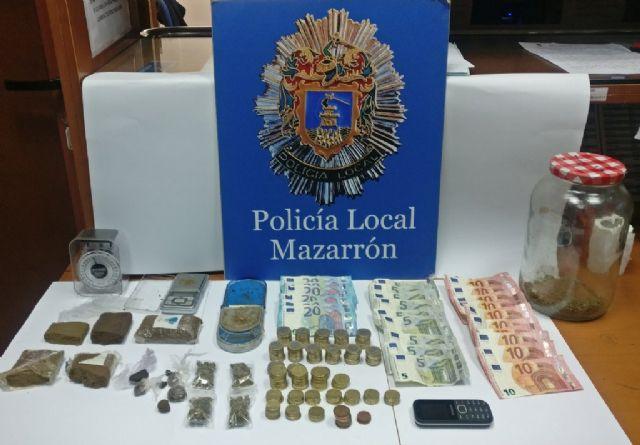 La Policía Local de Mazarrón detiene a un individuo por tráfico de drogas, Foto 1