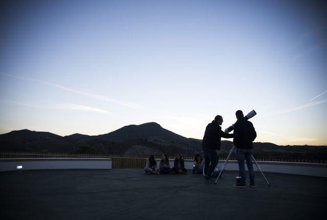 Más de 800 personas han contemplado las estrellas este verano en el Observatorio Astronómico Cabezo de la Jara - 2, Foto 2