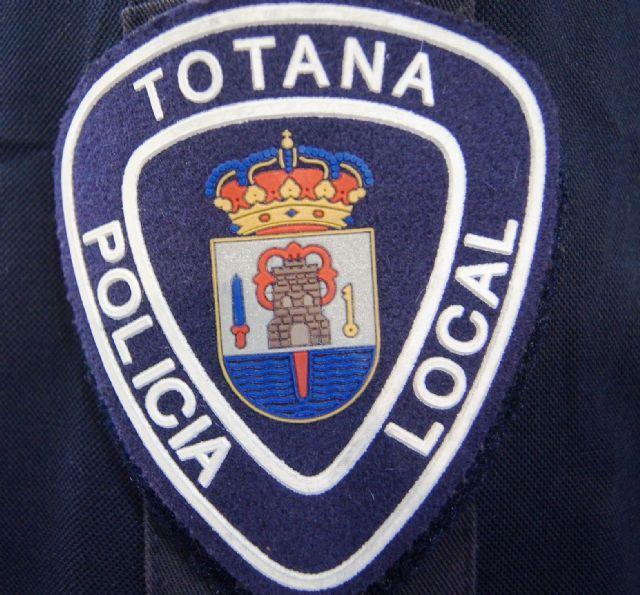 La Policía Local de Totana detiene al presunto autor de un delito de robo con fuerza en un vehículo estacionado, Foto 1