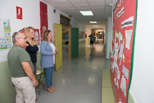 La directora general de Calidad Educativa visita el CEIP Bahía en el inicio del curso escolar, Foto 3