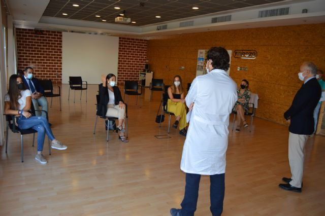 Ana Roa y Mª Magdalena Asensio, las universitarias Erasmus becadas por Fripozo para el curso 2020-21 - 3, Foto 3