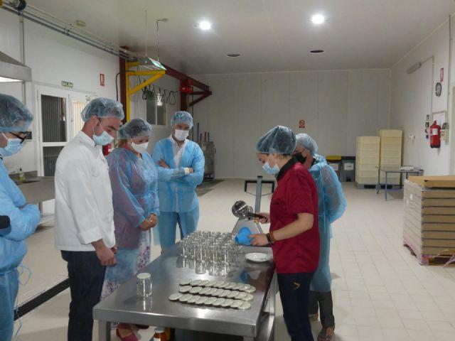 Sonia Moreno visita la fábrica Confituras tradicionales, reconocida como una de las diez mejores mermeladas del mundo - 1, Foto 1