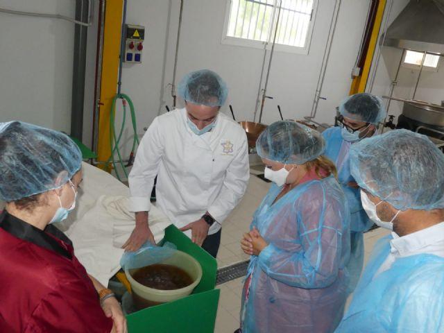 Sonia Moreno visita la fábrica Confituras tradicionales, reconocida como una de las diez mejores mermeladas del mundo - 2, Foto 2
