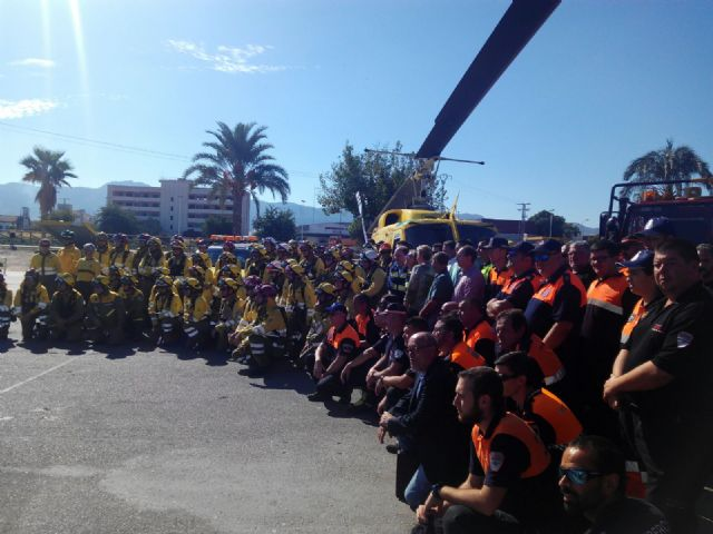 El Ayuntamiento agradece la labor antiincendios de los voluntarios de Protección Civil, Foto 2