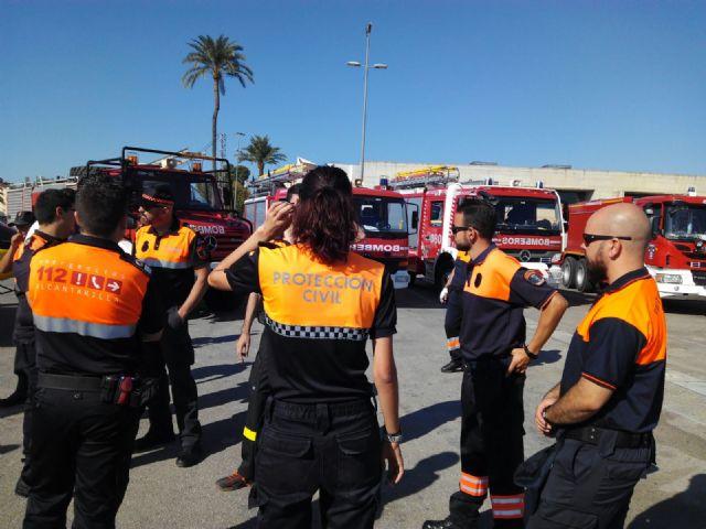 El Ayuntamiento agradece la labor antiincendios de los voluntarios de Protección Civil, Foto 9