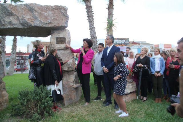 Javier del Riscal, nuevo nombre para la rotonda ubicada en la Oficina de Turismo - 2, Foto 2