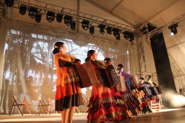 Riá Pitá homenajea a la figura de la mujer emigrante lumbrerense en 'La Vendimia' - 2, Foto 2