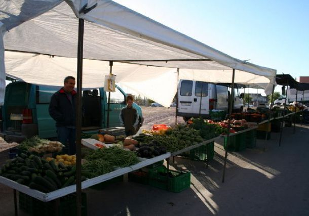 The Weekly Market in El Paretón goes ahead this week from Friday to Thursday to coincide with the Day of the National Holiday, festivity of Pilar