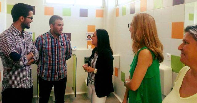 Nuevos aseos para infantil y primaria en el CEIP Ginés García, Foto 1