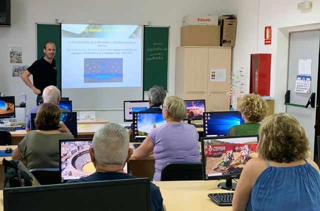 Nueva edición de los cursos gratuitos para mayores sobre nuevas tecnologías - 2, Foto 2