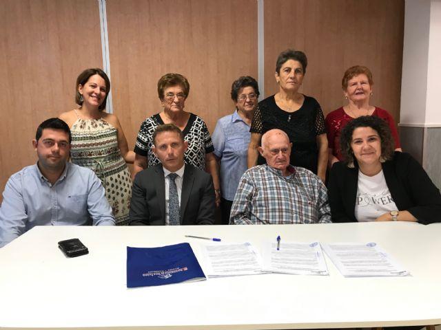 El Ayuntamiento firma un Convenio de Colaboración con el Club de Pensionistas y Jubilados Virgen de la Consolación de El Jimenado - 2, Foto 2