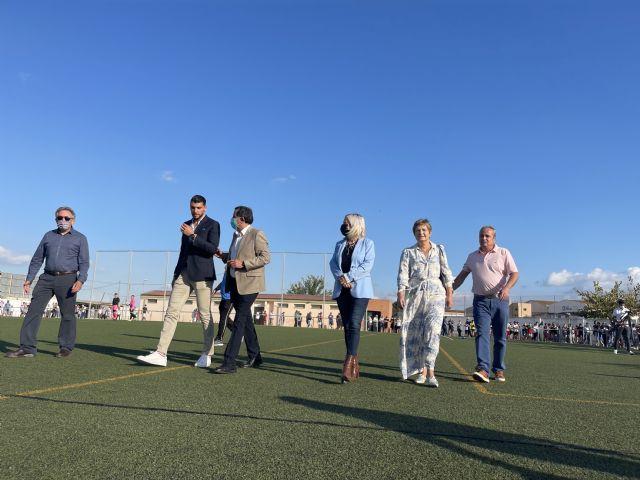 El campo de fútbol de Javalí Nuevo luce desde hoy el nombre del futbolista Rafa Mir - 3, Foto 3