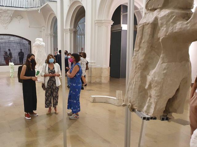 Ludovica Carbotta presenta en la Sala Verónicas una muestra que se adentra en las diferentes fases de la escultura - 1, Foto 1