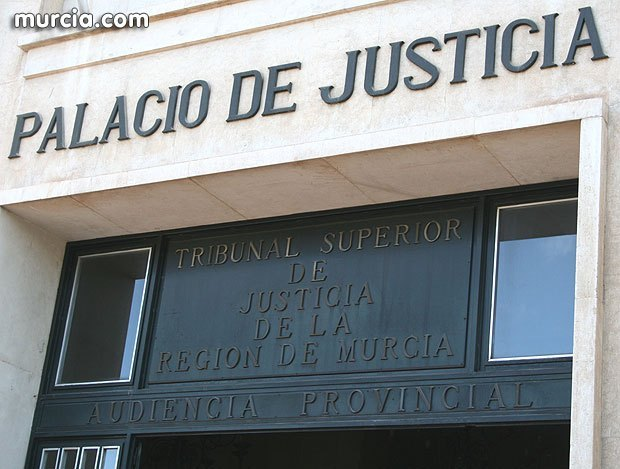 LA JUSTICIA da la razón a Totana.com y CONDENA al Inspector de Obras del Ayuntamiento de Totana a pagar las costas del Juicio al DESESTIMAR UNA TEMERARIA QUERELLA CRIMINAL presentada contra este medio y una exconcejal socialista, Foto 1