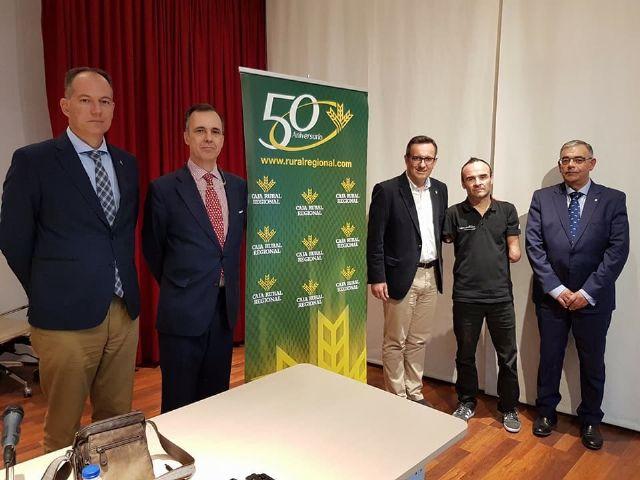 Ricardo Ten, campeón paralímpico, llena en Alhama de Murcia con su conferencia motivacional, Foto 1