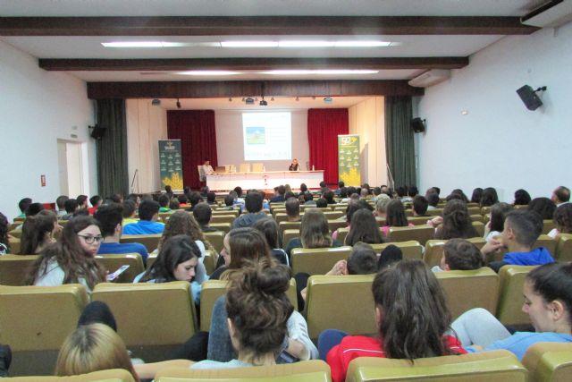 Ricardo Ten, campeón paralímpico, llena en Alhama de Murcia con su conferencia motivacional, Foto 2