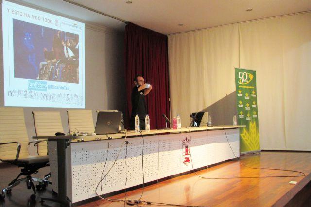 Ricardo Ten, campeón paralímpico, llena en Alhama de Murcia con su conferencia motivacional, Foto 3