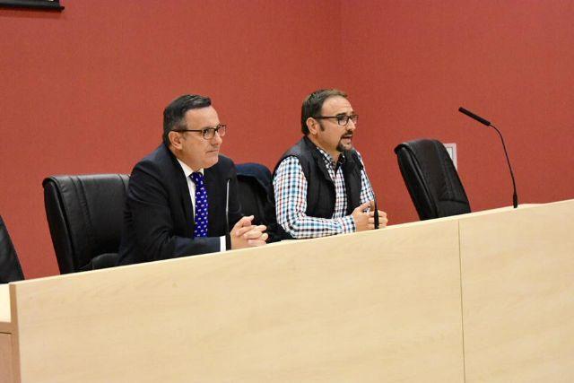 El Delegado del Gobierno entrega a los afectados el informe de Abogacía de Estado - 4, Foto 4