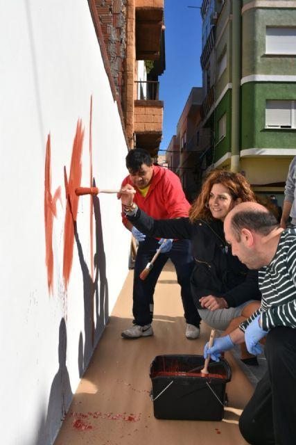 Placa conmemorativa en homenaje al pintor archenero Inocencio Medina Vera - 1, Foto 1